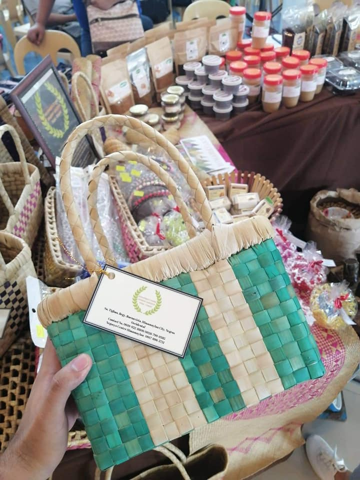 Have bag, will travel. The exhibit also displays native products such as this bag from Sitio Tighao, Brgy. Buenavista, Himamaylan. | Photo and text by Jose Aaron Abinosa