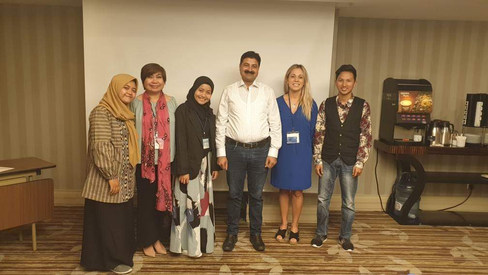 Doc Weng seen here with fellow intellectuals and researchers in Turkey. Photo courtesy of Rowena Bañes