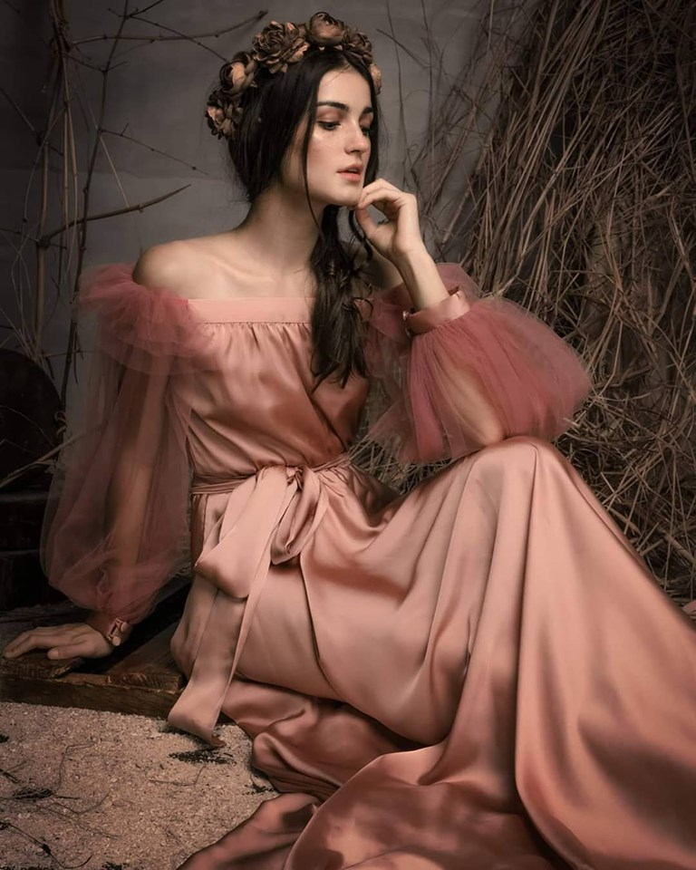 Sensual and rustic. Kat's creations evoke a primalness and sensuality that are at once earthly and celestial. Photo by Daryl Jimenea and furnished to DNX by Kat Padilla.
