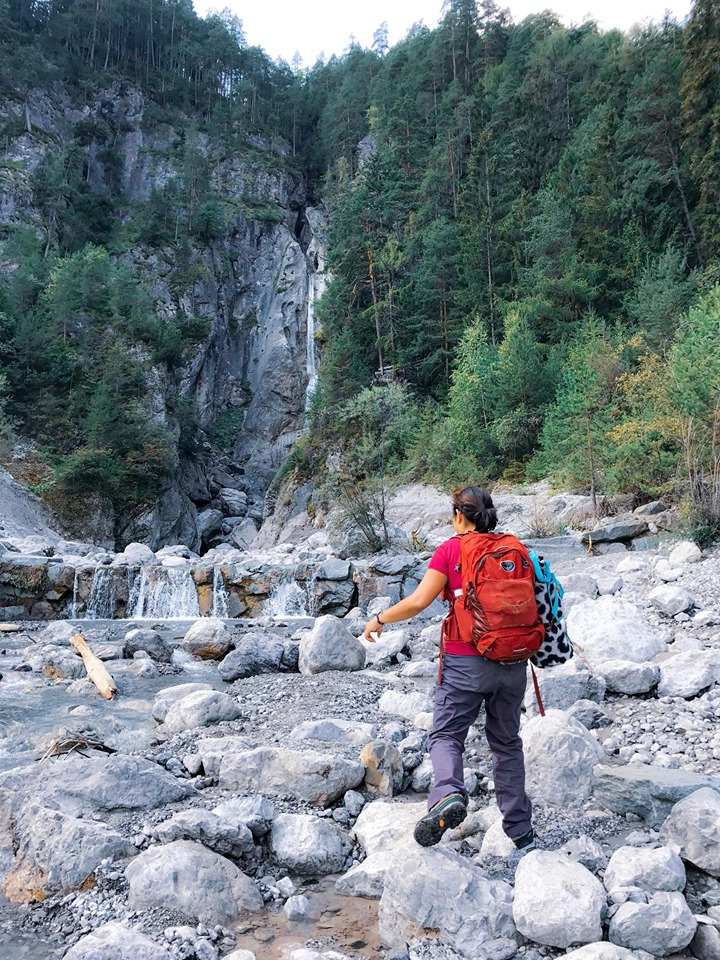 Lalaine and fellow trekkers are seen here exploring the foot of the alps and hiked through the stream. Frauen Bach (frauen = Women; Bach=Stream).